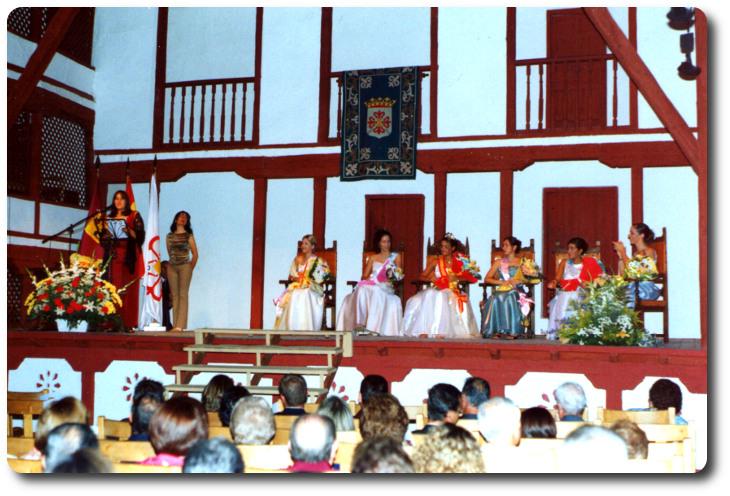 Pregón de Ferias y Fiestas de Almagro, 2001. Corral de Comedias