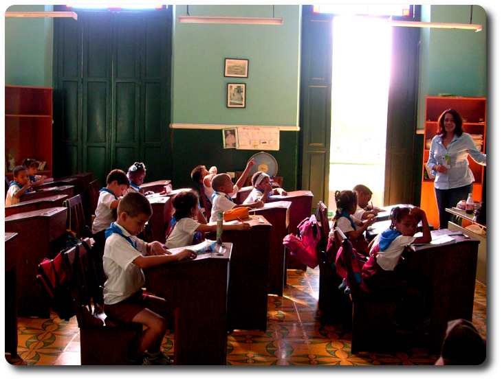Visita a las escuelas de La Habana. Congreso 'Leer el XXI'