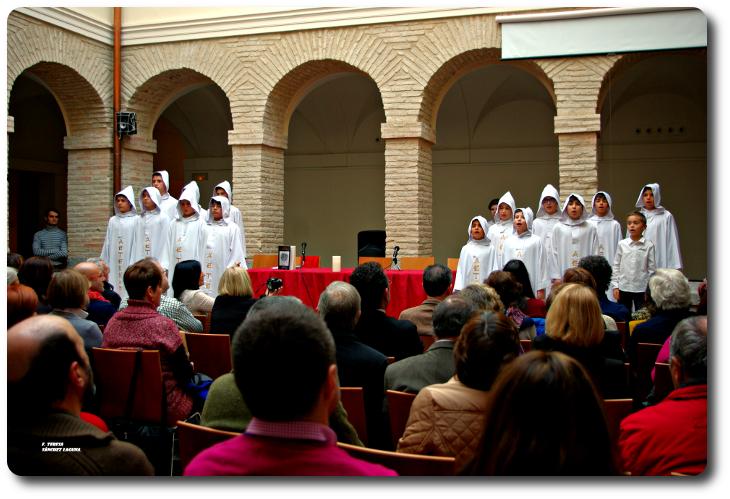 Momento de la presentación que contó con el grupo de voces blancas Aeternan Museo-Convento de la Merced. Ciudad Real